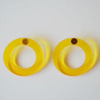 Brigite amarelo transparente
